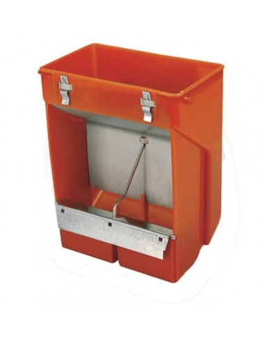 Hopper feeder with 2 compartments